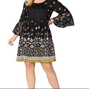 NWT Lace Detail Floral Dress